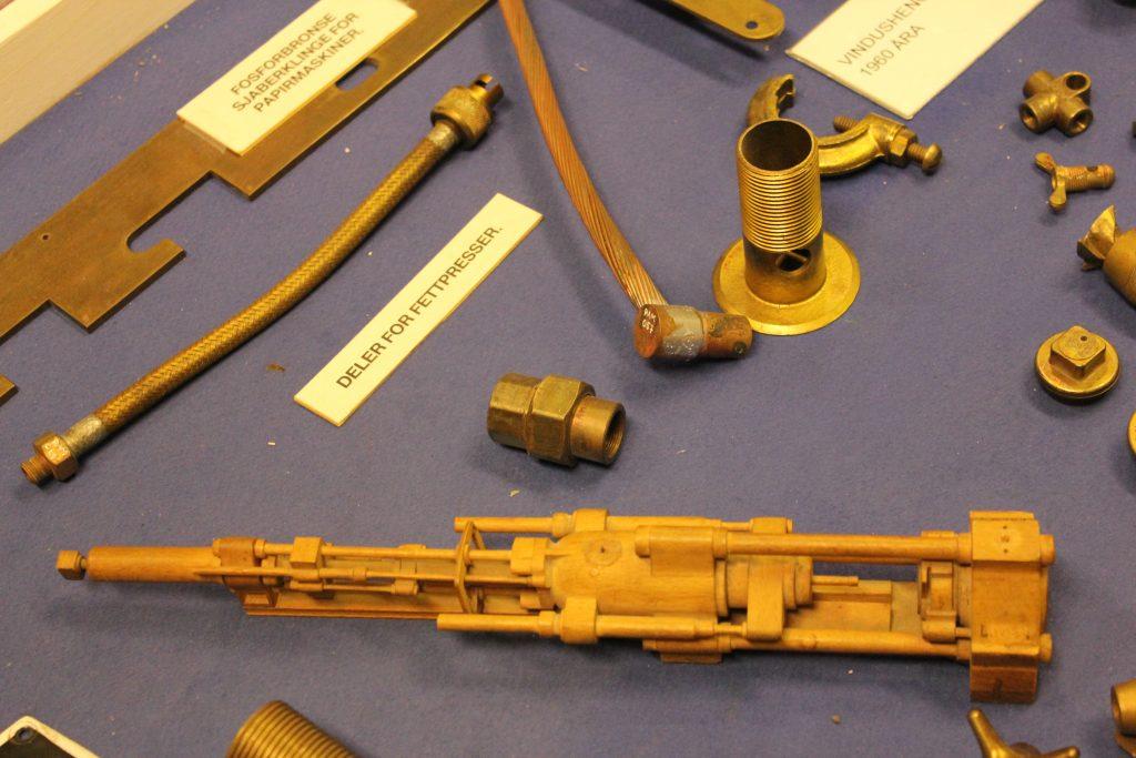 En Modell av Første Stangpresse i FA på Raufoss