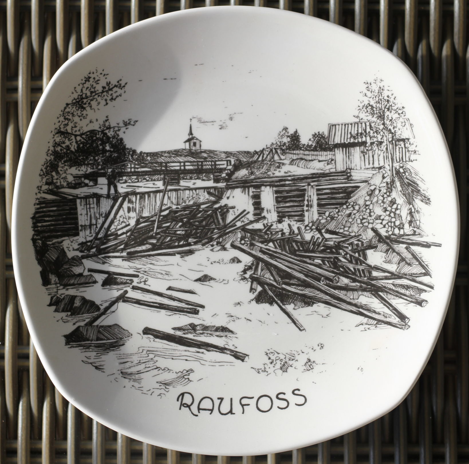 Tømmerfløting rundt 1900 tallet – Raufoss historie
